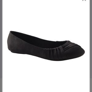 Black Pleated Accent Ballet Flats